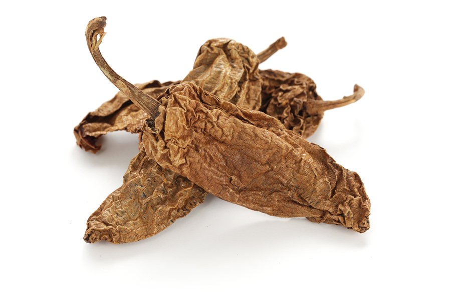 Dried Chipotle Peppers Image